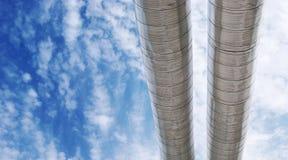 pipes skyen till Royaltyfri Fotografi