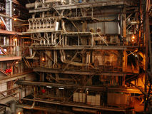 Pipess dentro de la central de energía Foto de archivo