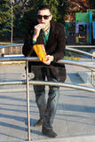 Pipoca antropófaga considerável fora em um parque Fotografia de Stock Royalty Free