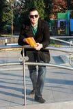 Pipoca antropófaga considerável fora em um parque Fotos de Stock