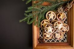 Pique las empanadas para la Navidad Imagenes de archivo