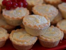Pique las empanadas para la Navidad imagen de archivo libre de regalías