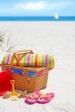 Pique-nique sur la dune de sable Images stock