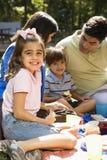 Piquenique da família. fotografia de stock
