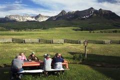 Piquenique da família, o 4 de julho de 2014, Mesa de Hastings, Ridgway, Colorado, EUA Imagem de Stock Royalty Free