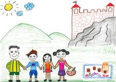 Piquenique feliz da família do desenho da criança sob o molde velho Fotos de Stock Royalty Free
