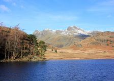 Piques de Langdale de Blea Tarn foto de stock royalty free