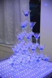 Pirámide de los vidrios del champán Fotos de archivo libres de regalías