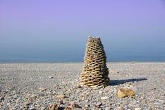 Pirámide de piedras. Imagen de archivo libre de regalías