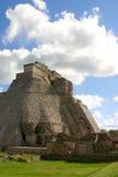Pirámide del maya de Uxmal Imagen de archivo libre de regalías