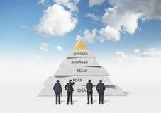 Pirámide del negocio Imagenes de archivo