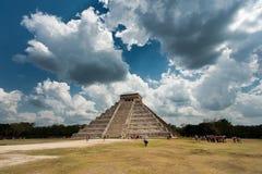 Pirámide en Chichen Itza Imagen de archivo
