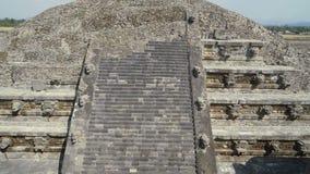 Pirámide maya durante la restauración Tiro lleno 4K metrajes