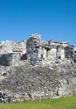 Pirámide maya, Tulum, México Imagen de archivo libre de regalías