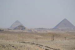 Pirámide roja Imágenes de archivo libres de regalías