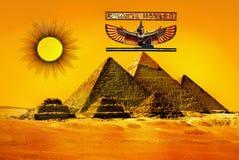 Pirámides de Egipto antiguo Fotos de archivo libres de regalías