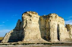 Pirámides de la tiza de la roca del monumento Foto de archivo