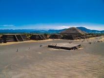 Pirámides de Teotihuacan Imagen de archivo libre de regalías
