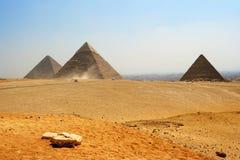 Pirámides egipcias fotografía de archivo libre de regalías