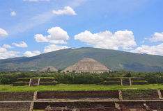 Pirámides principales fotos de archivo