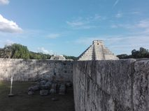 Pirâmide, Chichen Itza, México, Merida, Iucatão foto de stock royalty free