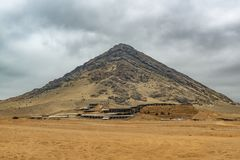 Pirâmide da civilização de Moche, Peru da lua imagem de stock royalty free