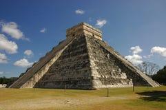 Pirâmide de Kukulkan, Chichen Itza Fotos de Stock Royalty Free