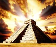 Pirâmide maia de Chichen Itza Fotos de Stock