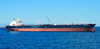 Piräus-Hafen in Saronic-Golf, Athen, Griechenland am 19. Juni 2017 Lizenzfreies Stockbild