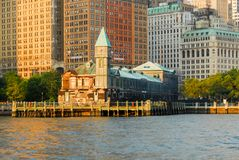 Pir ett hamnhus - New York City Arkivbilder