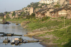 Pir i gammal stad av Bai Sha, porslin. royaltyfria bilder