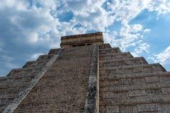 Pir?mide maya de Kukulcan El Castillo en Chichen Itza imagen de archivo