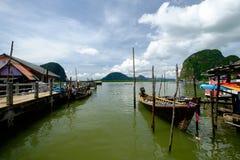 Pir och hav i Thailand Royaltyfri Fotografi