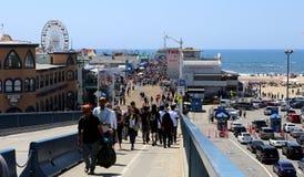 Pir på den Santa Monica stranden, Kalifornien Royaltyfri Bild