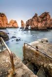 Pir på Ponta da Piedade, Lagos, Algarve, Portugal Fotografering för Bildbyråer