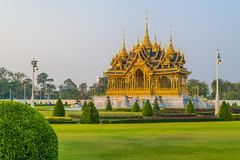 Pira funerária fúnebre real do rei Bhumibol de Tailândia foto de stock royalty free