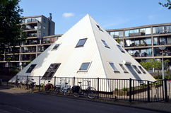 Piramid in Amsterdam, Holland Stock Foto's