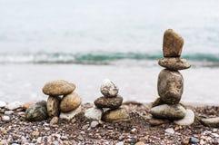 Piramid van overzeese stenen Stock Foto's
