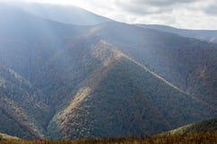 piramida czarnego Góra w postaci trójboka krajobrazu górzysty Zdjęcie Stock