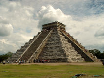 Piramide in Chichen Itza stock afbeelding