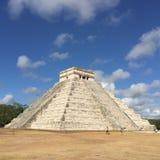 Piramide in Chichen Itza Mexico in de Lente Stock Afbeeldingen