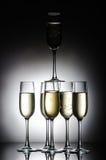 Piramide dei vetri del champagne Immagine Stock