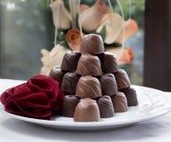 Piramide del cioccolato di San Valentino Immagine Stock Libera da Diritti
