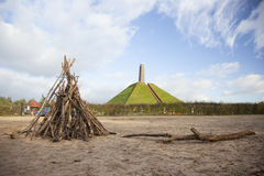 Piramide di Austerlitz su Utrechtse Heuvelrug Fotografie Stock Libere da Diritti