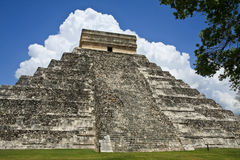 Piramide di Kukulkan a Chichen Itza Immagini Stock
