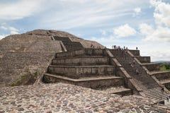 Piramide di somma di Teotihuacan Fotografia Stock Libera da Diritti