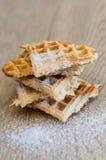 Piramide dolce delle fette del waffel Immagine Stock
