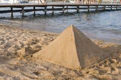 Piramide Gevormd Zandkasteel Stock Foto