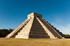 Piramide of Kukulcan in Chichen Itza Royalty Free Stock Photo