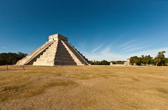 Piramide of Kukulcan in Chichen Itza Royalty Free Stock Image